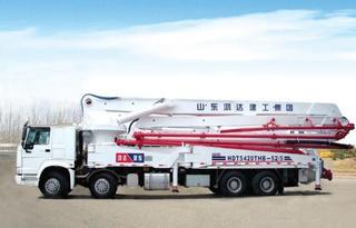 鸿达建工 ZZ5437N5067C1 泵车