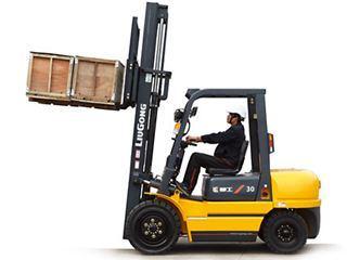 柳工 CPCD30内燃平衡重式 叉车