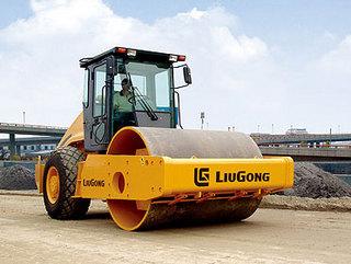 柳工CLG620D压路机