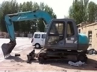 神钢SK60-5挖掘机