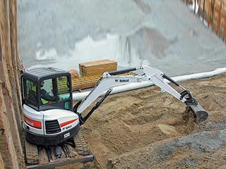 山猫E35挖掘机