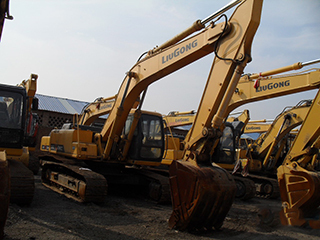 柳工 CLG230 挖掘機圖片