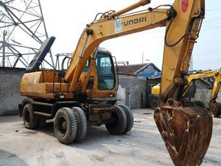 現代 R130W-5 挖掘機圖片