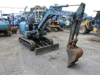 久保田 K-022 挖掘机图片