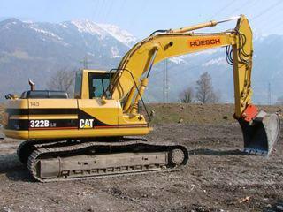 卡特彼勒322B挖掘机