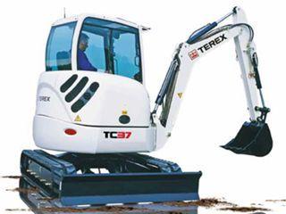特雷克斯TC37挖掘机