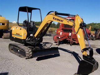 美国威猛 CX224 挖掘机