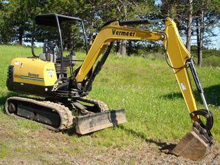 美国威猛 CX234 挖掘机
