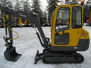 沃尔沃EC20BXT挖掘机