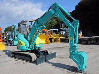 洋馬 B3-5 挖掘機圖片