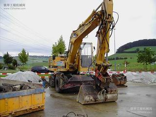卡特彼勒 214BFT 挖掘机