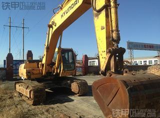 现代R300LC-5挖掘机