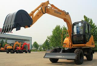 恒特重工HTL85-8挖掘机