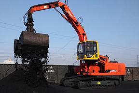 永工 YGX260LC-7火车卸煤 挖掘机