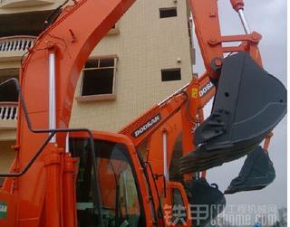 斗山 DH150WS 挖掘機圖片