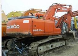 斗山 DH220 挖掘機圖片