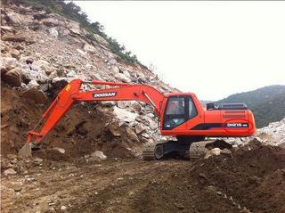 斗山DH215-9H挖掘机