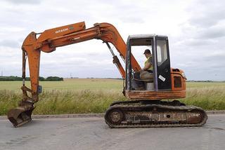 日立 EX75-3 挖掘机图片