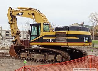 卡特彼勒345BL挖掘机