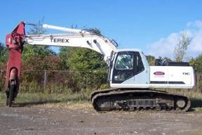 特雷克斯TXC255LC-1挖掘机