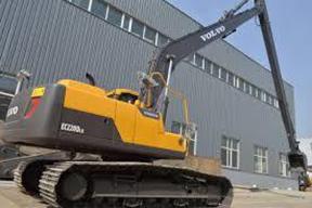 沃尔沃EC220DLR挖掘机