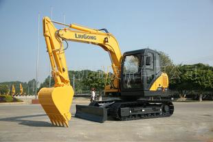 柳工 CLG220 挖掘機圖片