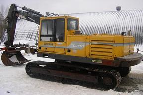沃尔沃EC200挖掘机