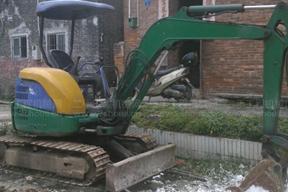 小松PC35UU-7挖掘机