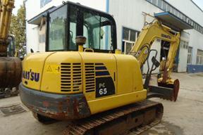 小松PC65挖掘机