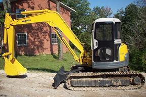 小松PC70挖掘机