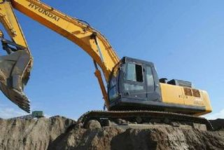 现代R450挖掘机