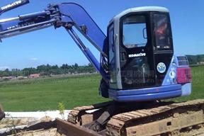 小松PC75UU-2E挖掘机