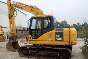 小松PC130挖掘机