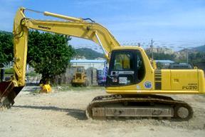 小松PC210-6E挖掘机