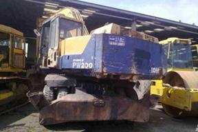 小松PW200-3挖掘机