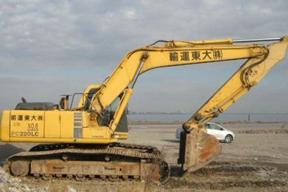 小松PC220LC-6E挖掘机