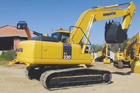 小松 PC220 挖掘機圖片