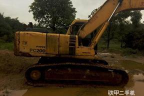 小松PC200-6Z挖掘机