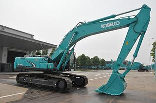 神钢SK450LC-6挖掘机