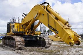 小松PC1100挖掘机