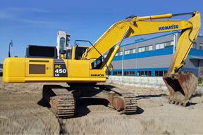 小松PC450LC挖掘机