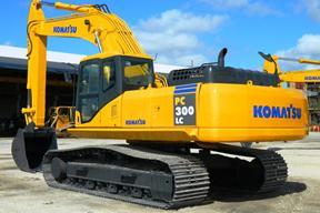 小松PC300LC-7E0挖掘机