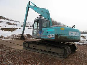 神钢SK210-7挖掘机
