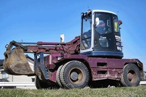 小松PW128UU-1挖掘机