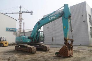 神钢SK210-6挖掘机