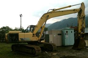 住友SH200-2挖掘机