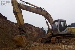 住友SH300A1挖掘机