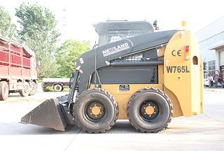 江苏纽兰 W765L 滑移装载机