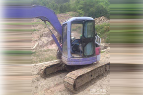 小松PC75UU-E挖掘机