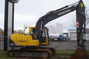 沃尔沃EC140B挖掘机